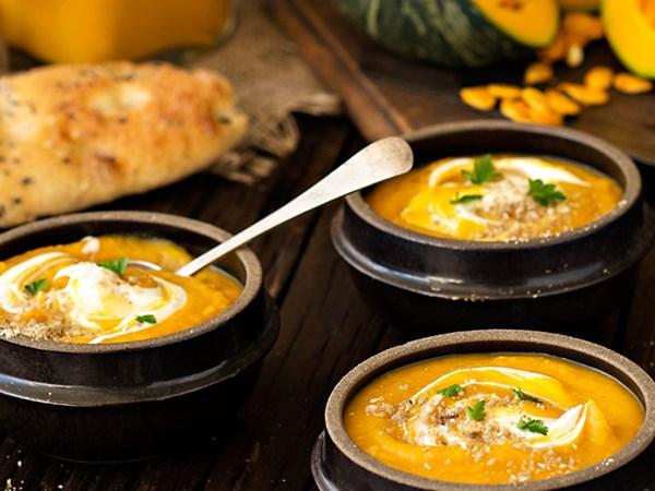 Neighbourly pumpkin soup